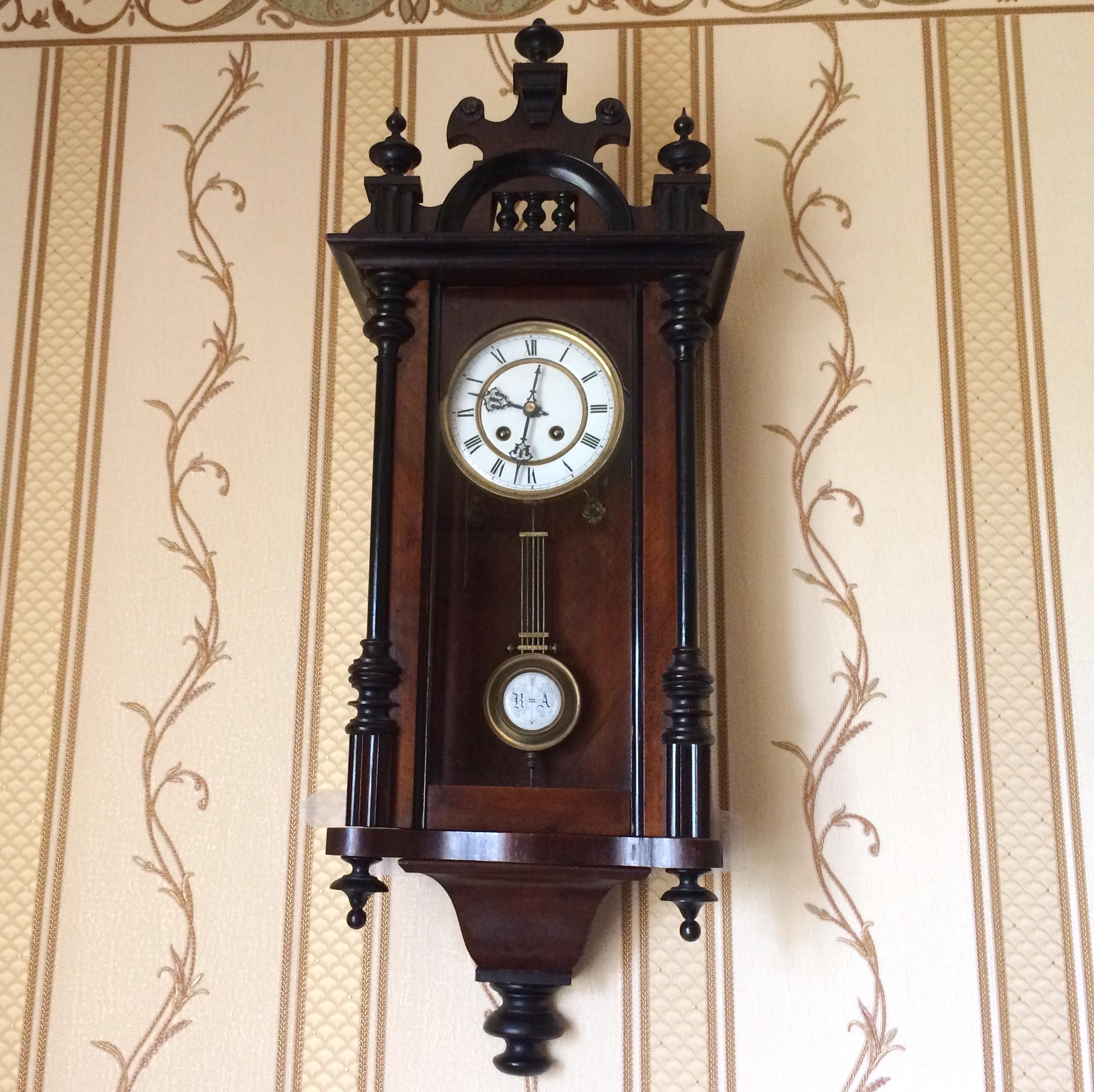 часы старинные настенные дорогие ценятся фото чудесный